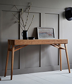 tuki hall table