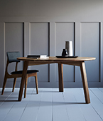 waka round dining table